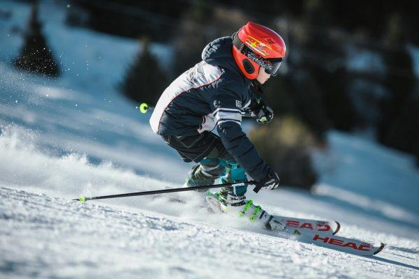 Children skating on ice is trending sport